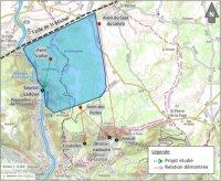 Le bassin hydrogéologique ainsi défini, présenté sur fond bleu ci-dessus, mesure 20 km2